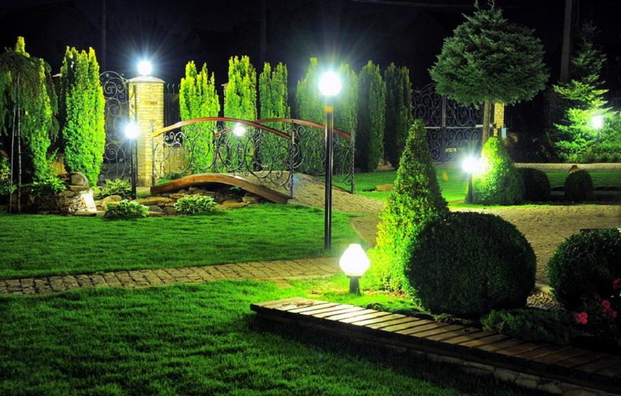 Декоративное освещение садового участка